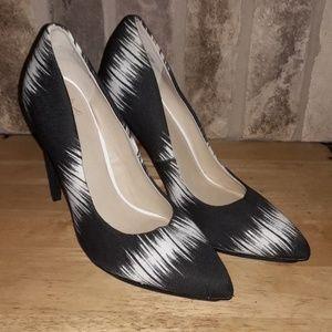 Black and white GX high heels by GWEN STEPHANI